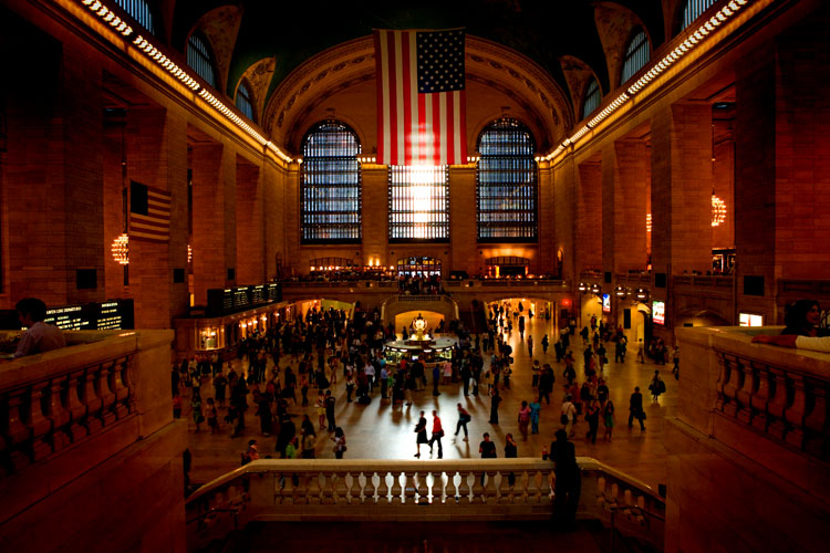 Flag and People : Grand Central Station : NYC