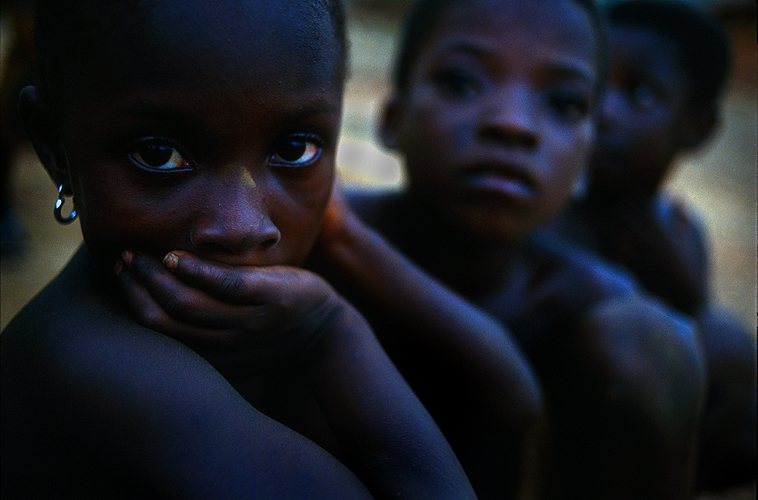 Children of the Village : Encomfi Attackwa - Rain Forest : Ghana
