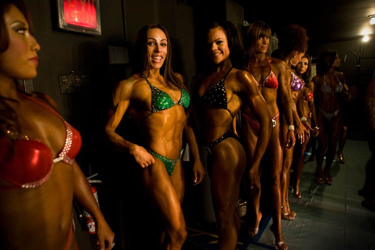 Women Fitness Models in the Wings : Real World Tour : Houston