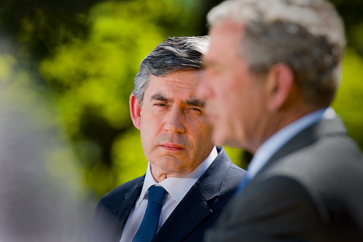 Its All Over for Prime Minister Gordon Brown : White House Rose Garden : DC