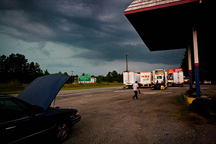 Breakdown at Broad River Truck Stop : Blacksburg : South Carolina