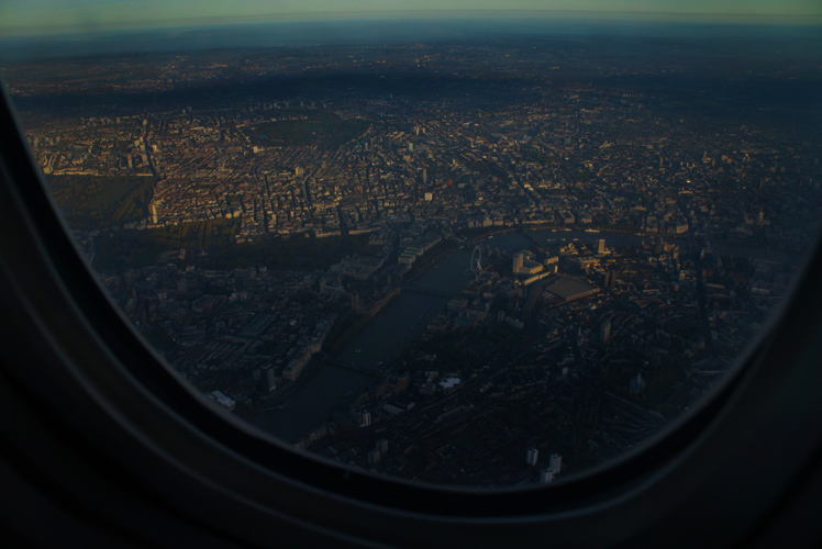 Delta Flight 1 Over London : Morning Light : UK