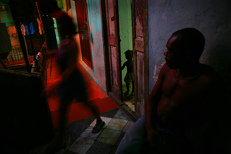 Family in Havana : Cuba : Listening to Tracy Emin