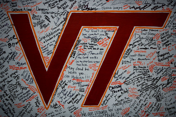 Memorial Messages: Virginia Tech Campus Drill Field : Blacksburg Virginia