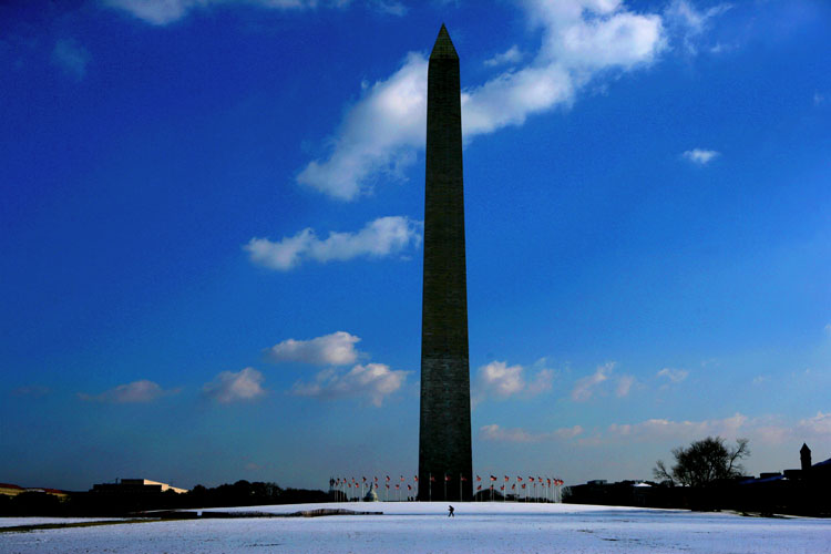 Clear Day USA: Washington Monument Snow : DC