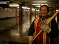 Subway Clean Up Crew : Penn Sta Subway : NYC