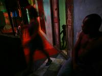 Crowded House - Living in Poverty : Havana : Cuba