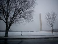 Ice Storm Runner : Washington Monument : DC