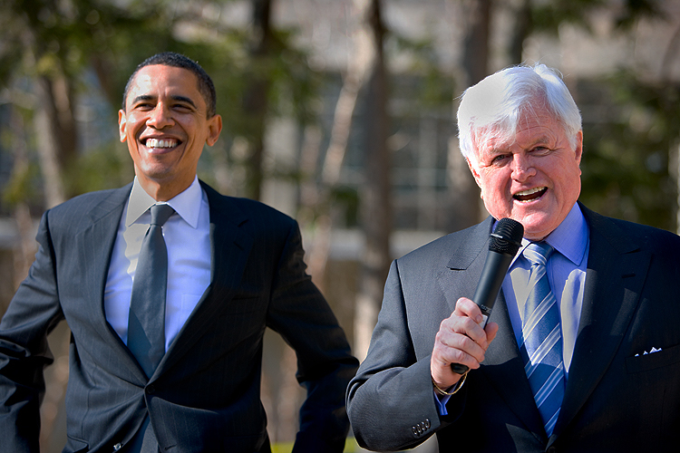 The Lion Speaks Tonight - Ted Kennedy : DC : USA